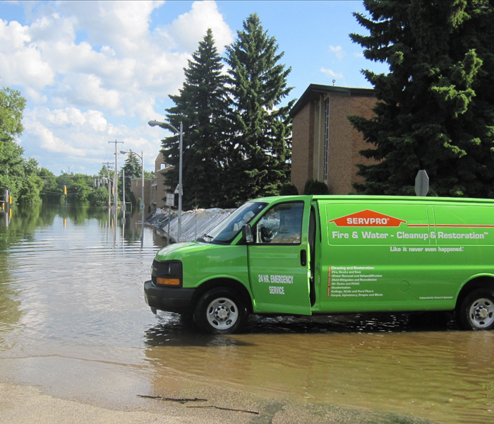Our highly trained crews are ready to respond 24/7 to storm or flood damage in Buckeye.